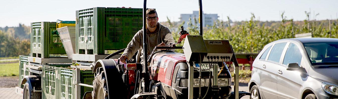 Arbeit auf Traktor